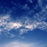 青い空から夕焼けに変わるその理由とは? 火星の夕焼けは青い!?