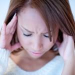 昼寝など寝過ぎる方必見! 寝起きに起こる頭痛の原因と解消法とは?